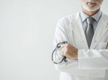 Conheça alguns médicos famosos do mundo e como chegaram lá